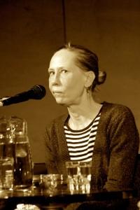 Kati Outinen keskittyy Salmiakkigaalassa 2014. Foto: Leena Salmio