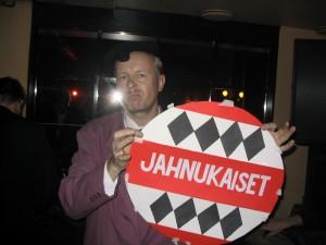 Klarinetistisäveltäjä Jukka Tilsa Salmiakkigaalassa ravintola Kirjassa Kruununhaassa 2000-luvun alkupuolella. © Finska Salmiakföreningen